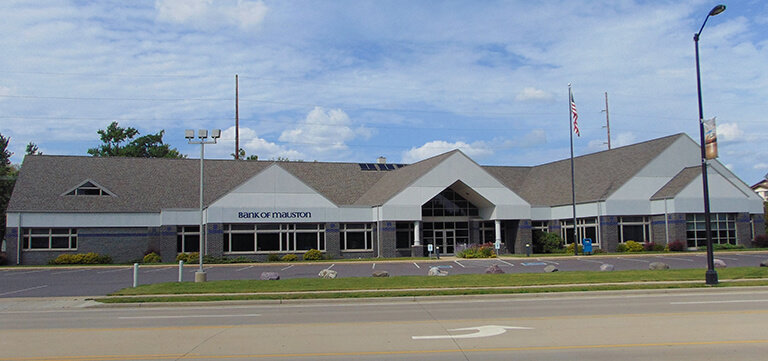 Bank of Mauston new roofing
